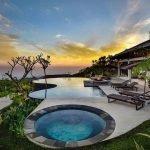 Bể Bơi trung tâm khu nghỉ dưỡng Legacy Hòa Bình